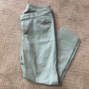Old Navy Chino Pixie Ankle Pant